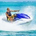 Парень на водном мотоцикле - Man on jet ski