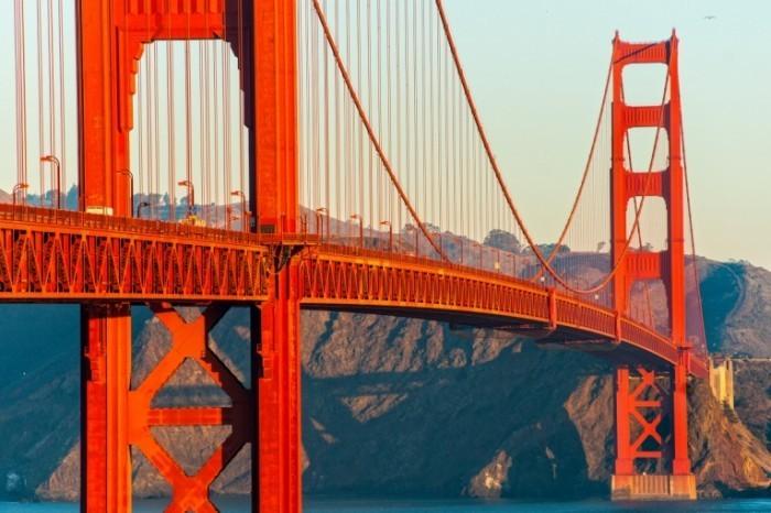 shutterstock 181869188 700x466 Мост   Bridge