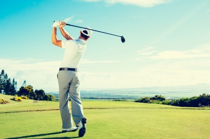 shutterstock 223328623 700x466 Поле для гольфа   Golf course