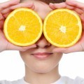 Лицо девушки с апельсинами - Girl's face with oranges