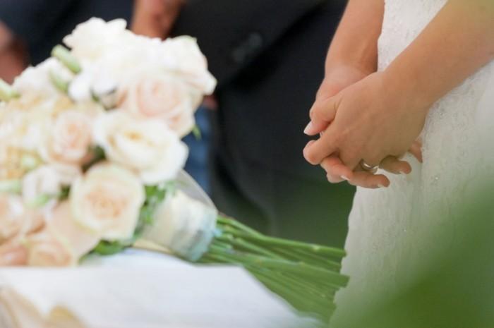 I documenti per il rito religioso Fotolia 39762979 Subscription Monthly L 700x465 Букет невесты   Brides bouquet