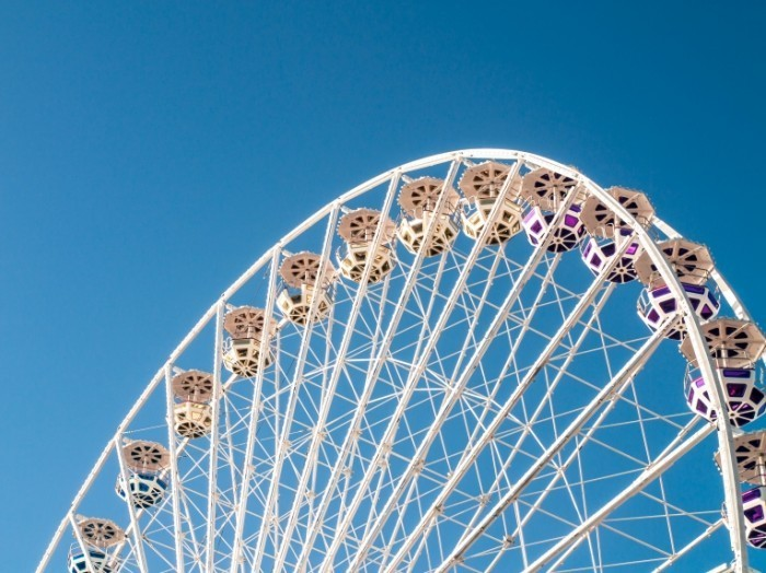 N13RIliTTASBbuYyszgq P9020914 54 700x524 Колесо обозрения   Ferris wheel
