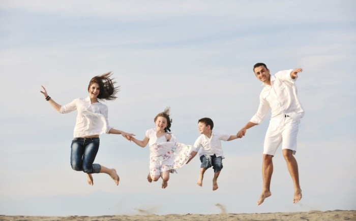 dotshock 123RF Stock Photo1 700x436 Семья   Family
