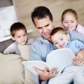 Папа с детьми - Dad with kids