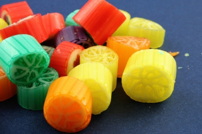 freeimage 1256928 high 700x466 Цветные макароны   Colored pasta