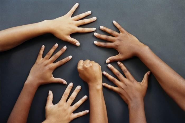 istock 000000791468large 700x466 Руки   Hands