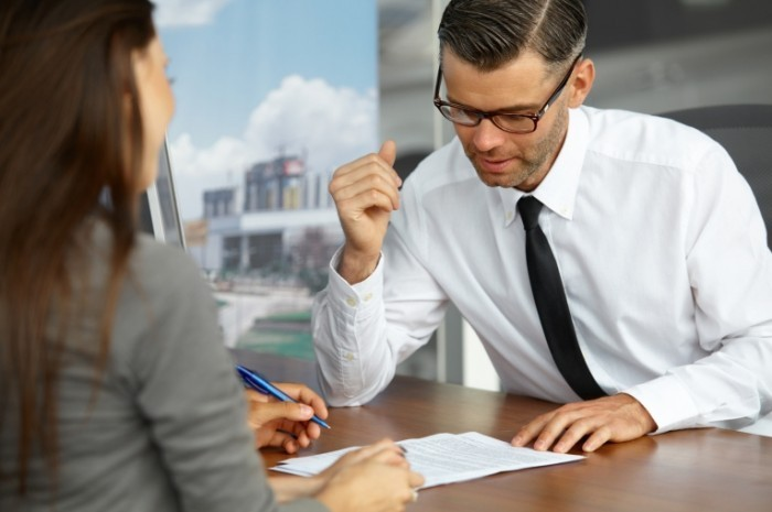 Fotolia 69082368 Subscription Monthly M 700x465 Бизнес встреча   Business meeting