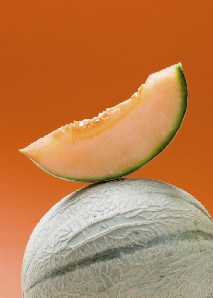 istock 000003893200medium 1 700x979 Дыня   Melon