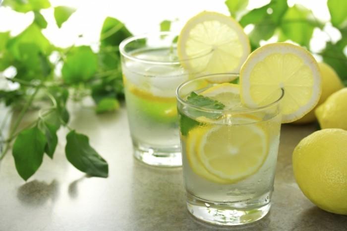istock 000017237982medium 700x465 Лимонад   Lemonade