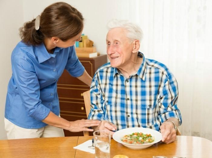 1409002743182 700x521 Уход за пожилыми людьми   Care for the elderly