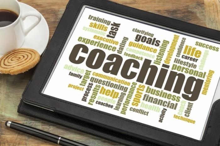 coaching istock 7515 314 700x466 Планшет на столе   Plate on the table