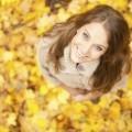 Девушка в листьях - Girl in the leaves