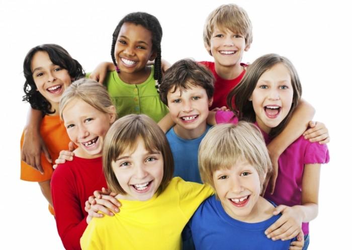 3rd grader social skills 700x497 Дети в разноцветных футболках   Children in colorful shirts