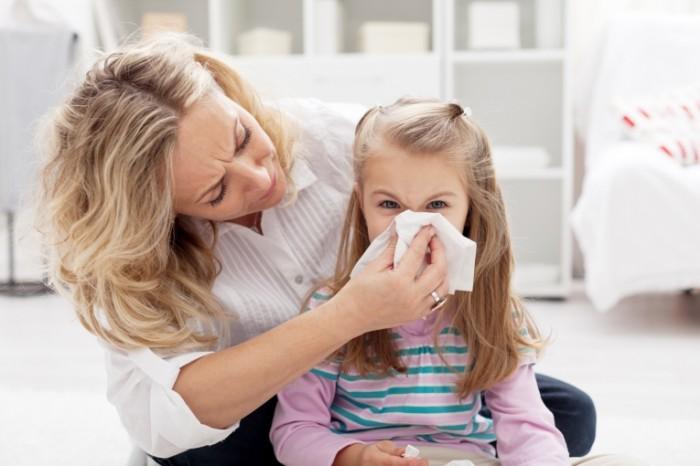 Dollarphotoclub 37998209 700x466 Аллергия у девочки   Allergies in girls