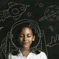 Девочка возле доски - Girl near blackboard