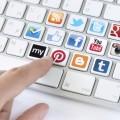 Клавиатура с иконками социальных сетей - Keyboard with icons of social networks