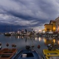 Озеро с лодками - Lake with boats