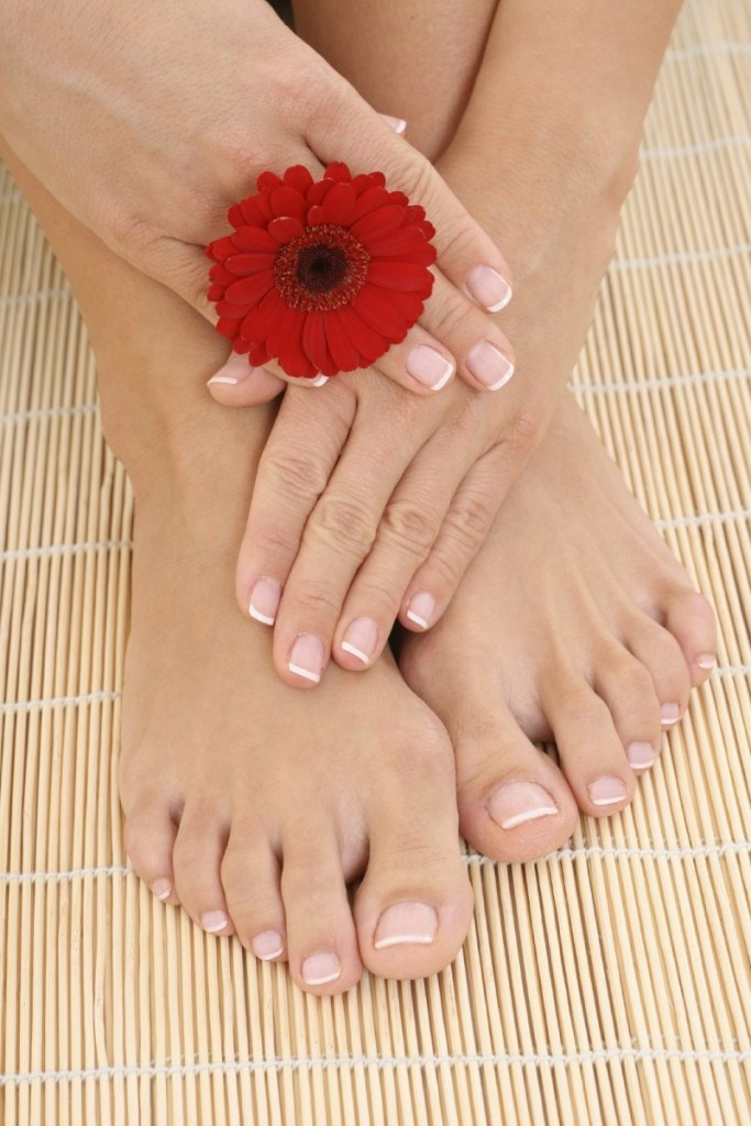istock 000005285161medium 683x1024 Маникюр и педикюр   Manicure and pedicure