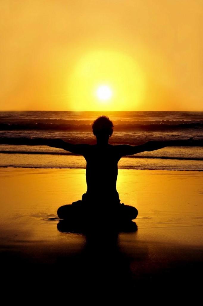 istock hot yoga sunset 682x1024 Йога   Yoga