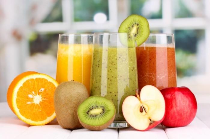 Dollarphotoclub 58803336 700x465 Фруктовые смузи   Fruit smoothies