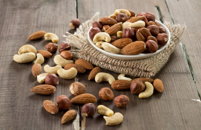 Dollarphotoclub 67461084 700x452 Орехи   Nuts