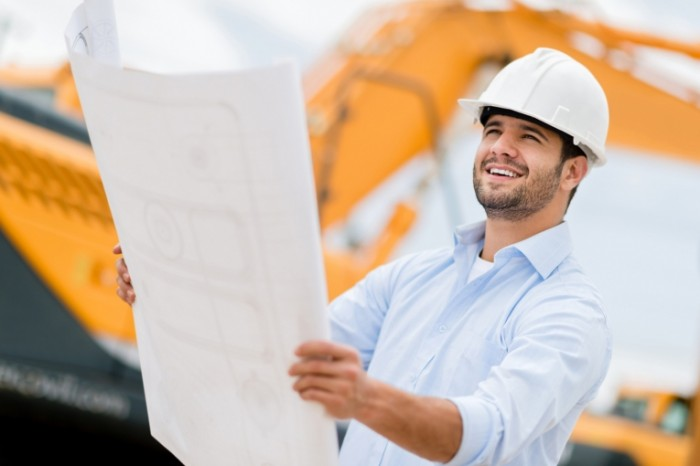 Fotolia 55241483 Subscription Monthly M 700x466 Строитель с проектом   Construction worker with the project