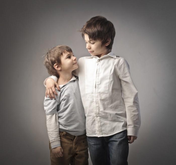 dollarphotoclub 38008136 700x655 Мальчики братья   Boys brothers