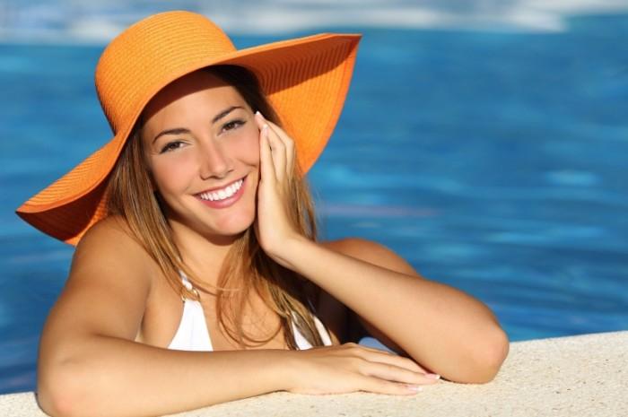 dollarphotoclub 74948576 700x465 Девушка в шляпе   Girl in the hat