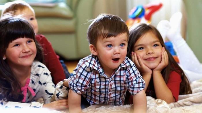 l shutterstock 117790237 700x393 Счастливые дети   Happy children