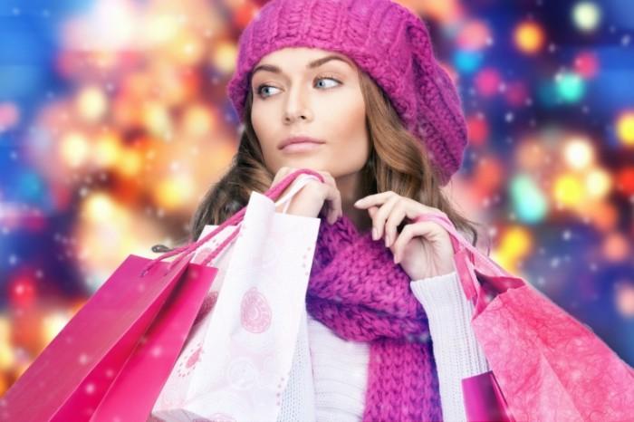 Традиционно пятница всемирных распродаж отмечается после Дня благодарения – уютного семейного праздника с ароматной индейкой и звонками всем родственникам и друзьям, который родился в Штатах.