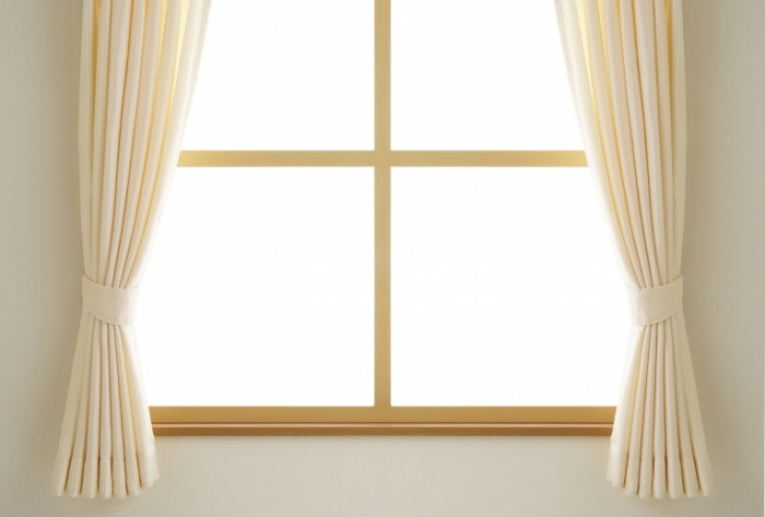 632761 1289889444 1 1 700x473 Окно   Window