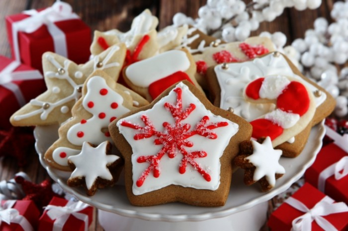 Dollarphotoclub xmas cookies 700x466 Рождественские кейки   Christmas cakes
