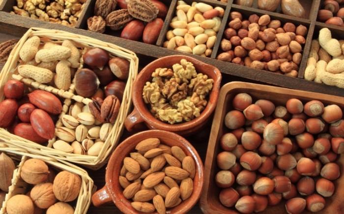 Dollarphotoclub 37032501 700x437 Орехи   Nuts