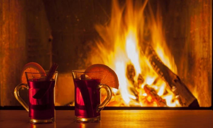 Dollarphotoclub 52535035 1500x900 700x420 Чай у камина   Tea by the fireplace