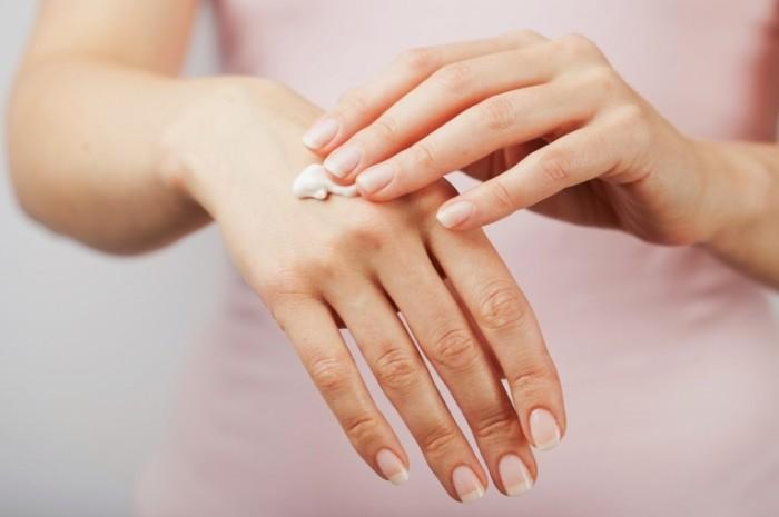 Dollarphotoclub 57221883 700x465 Уход за руками   Hand Care
