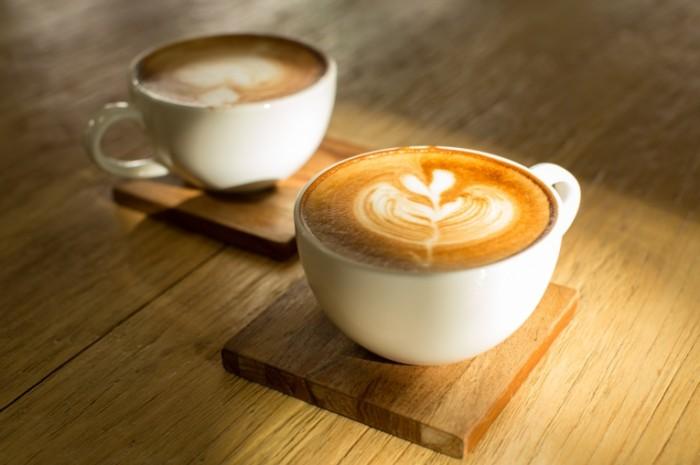 Dollarphotoclub 81304931 700x465 Два кофе   Two coffee