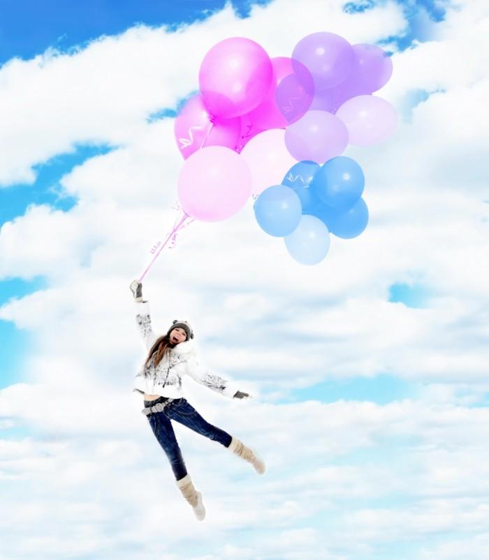 dollarphotoclub 59769032 700x803 Девушка с воздушными шарами   Girl with balloons