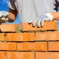 Строитель с кирпичами - Builder with bricks