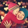 Счастливая мама с ребенком - Happy mother with a baby