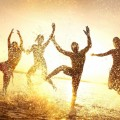 Силуэты на пляже - Silhouettes on the beach