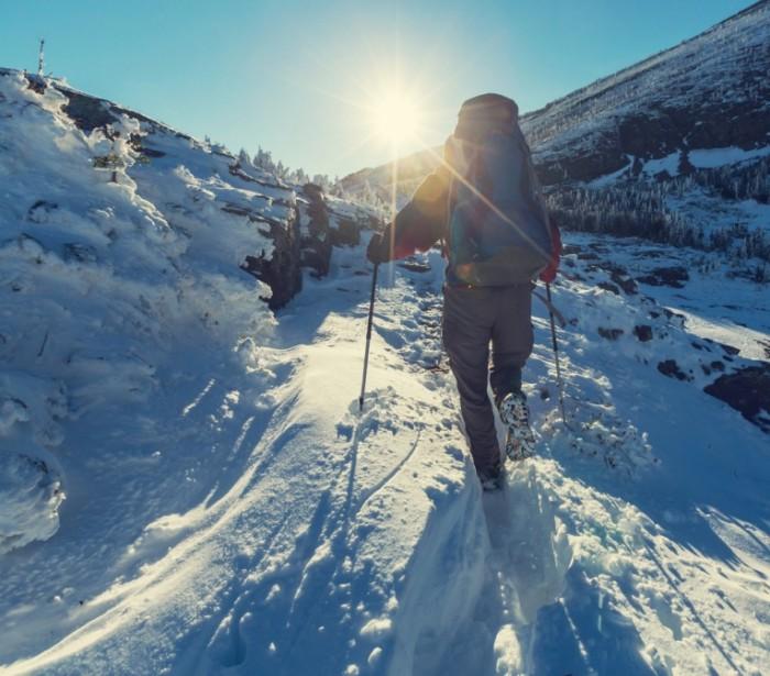 горы фото зимой