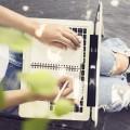 Девушка с ноутбуком - Girl with laptop