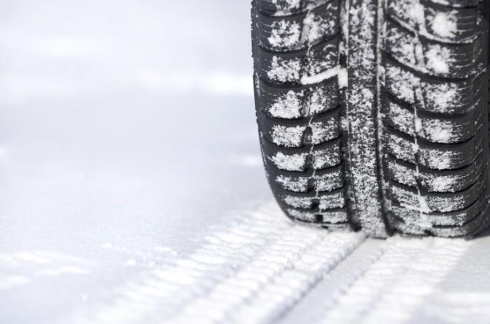 Tyre on Snow iStock 700x464 Резиновая шина   Rubber tire