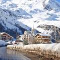 Заснеженые горы - Snow-capped mountains