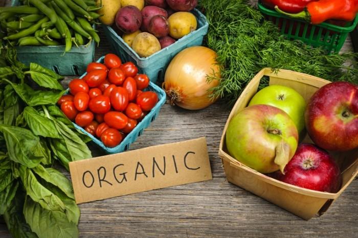 shutterstock 129173978 700x466 Органические продукты   Organic Products
