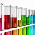 Колбы с разноцветной жидкостью - Flasks with colored liquid