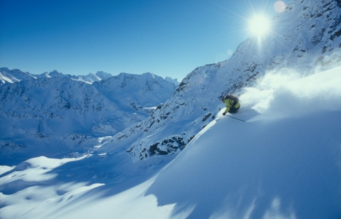 st anton skiing image 700x450 Горы в снегу   Mountains in the snow