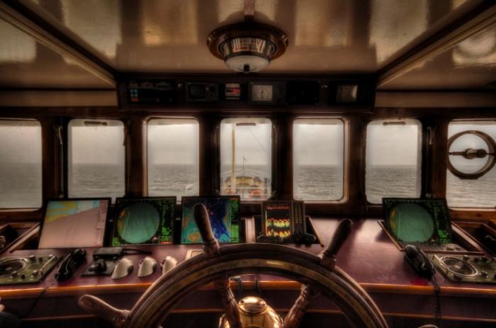 Wheelhouse free license CC0 700x463 Корабль   Ship