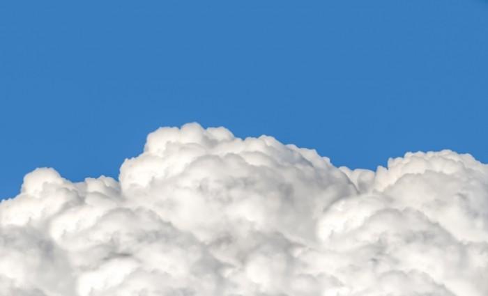 fluffy clouds free license CC0 700x425 Облака   Clouds