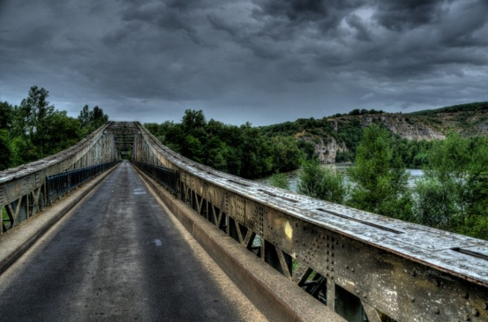 horror bridge free license CC0 700x462 Серая дорога   Gray road